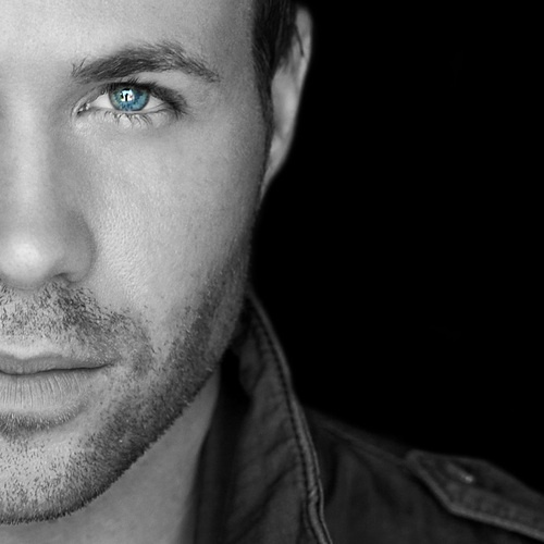I can't believe this is Ashley Parker Angel.......he has grown up HOT!
