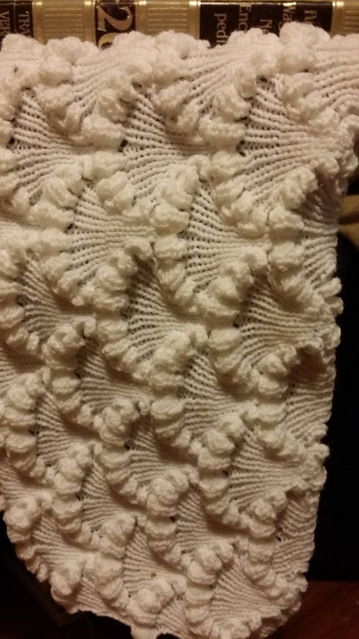 Passap Knitting Machine Patterns : 17 Best images about passap on Pinterest Manual, Shawl and Color changer