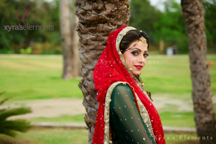Red n green punjabi suit