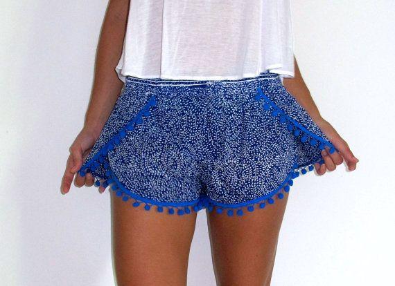 Pom Pom Shorts  Cobalt Blue & White Mini Leaf Print door ljcdesignss, $29.00