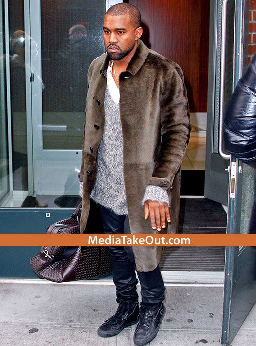 Kanye West Is TALKING CRAZY AGAIN On Stage . . . This Time He Does A RANT . . . Against TWO  Of Our Homies . . . SWAY And CHARLAMAGNE THA GOD!!! -
