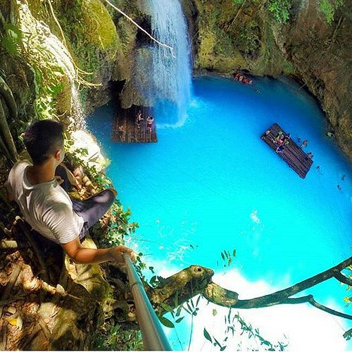 Crazy blue. Kawasan Falls. Cebu Philippines. Photo by @alfinfransly