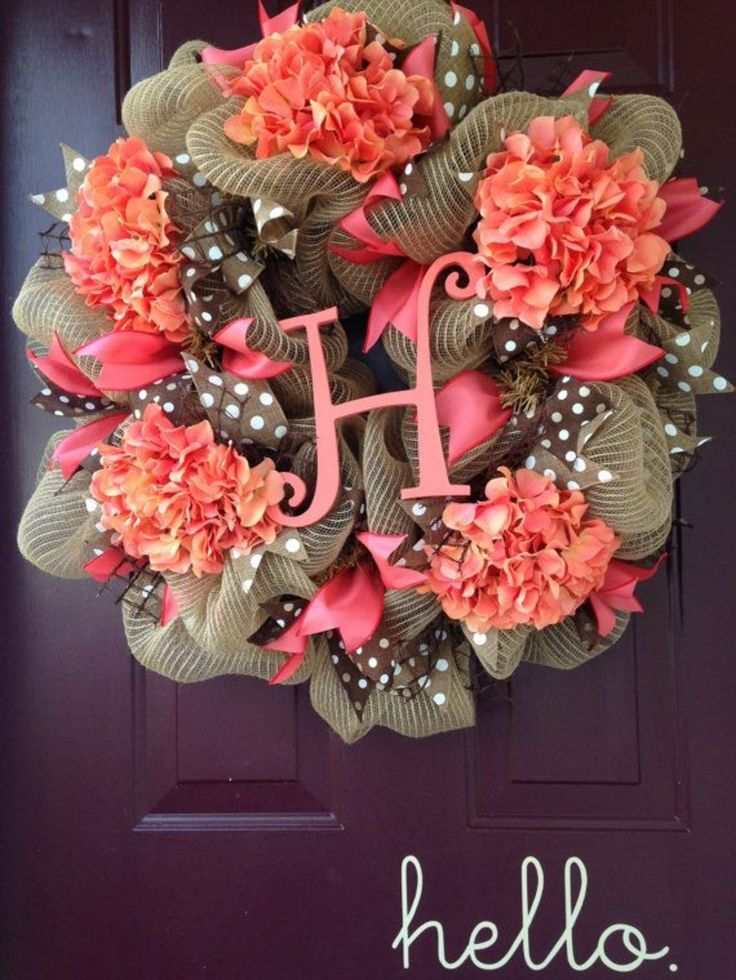 #Greet Your Guests With A Springtime Wreath For Your Front Door .