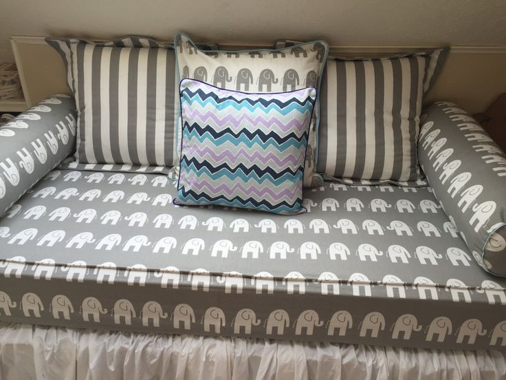 Daybed fitted mattress cover twin WITH CORDING PIPING