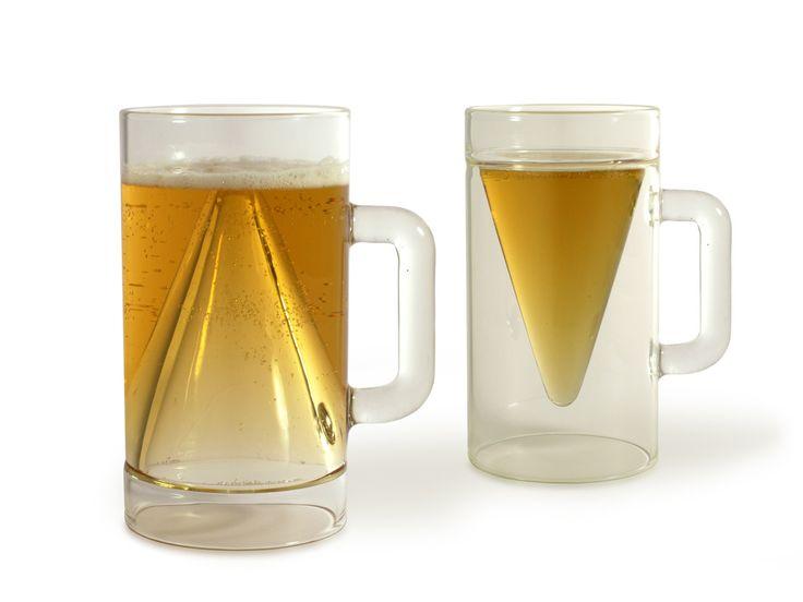 Kufel do piwa, szklanka do piwa, gadżet dla chłopaka, prezent dla chłopaka. Zobacz więcej na: https://www.homify.pl/katalogi-inspiracji/13511/pomysly-na-prezent-dla-chlopaka