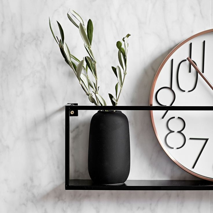 die besten 25 wandregal metall ideen auf pinterest etagere metall wanddekoration metall und. Black Bedroom Furniture Sets. Home Design Ideas