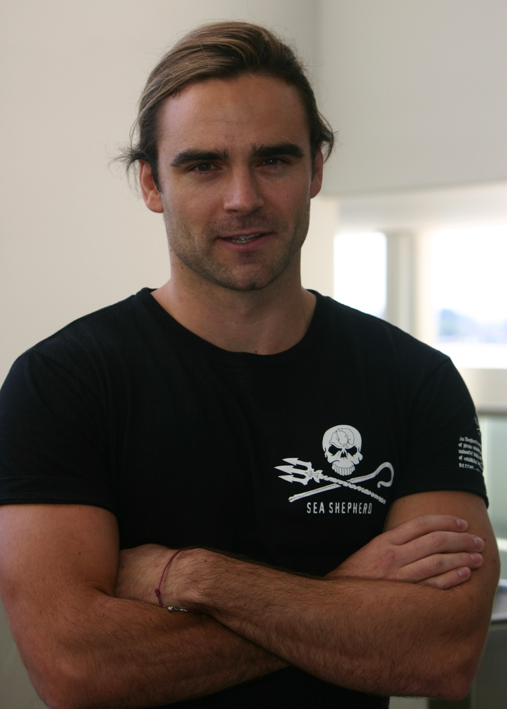 Dustin Clare as my vision of Stephen Palmer, and how he'd look when he informs Esme, he will go riding, in spite of her worries.