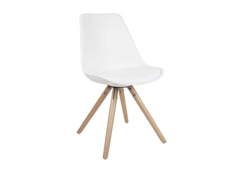 Moderne witte stoel van Zuiver te gebruiken voor aan de eettafel of bureau.