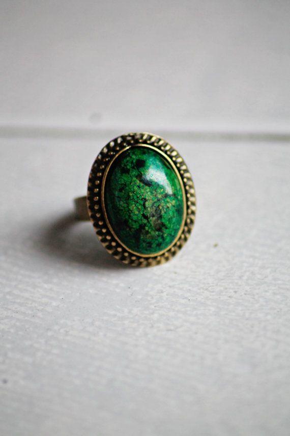 Anello vintage retrò regolabile con pietra di DIYGIOIELLIePIETRE, €8.00  Vintage ring with cabochon gemstone Magnesite