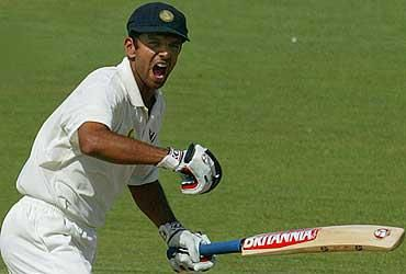 16th Dec 2003 - Rahul Dravid punched the air, raised his arms , kissed the crest on India's cap and touched Greatness ! #Adelaide #Legend