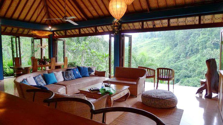 Villa Umah Shanti | 3 bedrooms | Ubud, Bali #openplan #livingroom #villa #bali #inspiration #forest