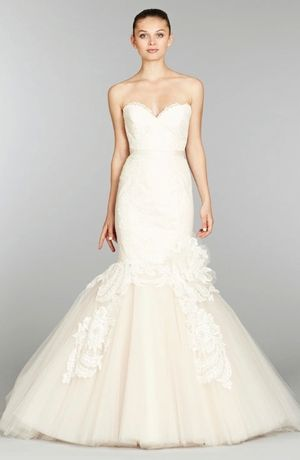 Sweetheart Mermaid Wedding Dress  with Natural Waist in Alencon Lace. Bridal Gown Style Number:32784530