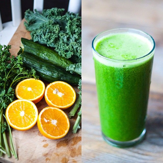 Kale cucumber orange spinach juice. Such a great breakfast. Find more recipes, inspiration and tips on my blog, link in bio! #greenjuice #su...
