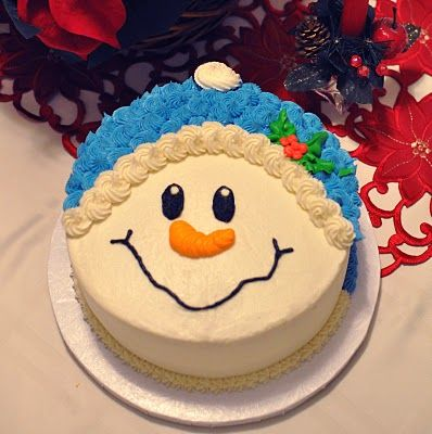 Snowman Cake. this looks like one I could do!@Sharon Macdonald