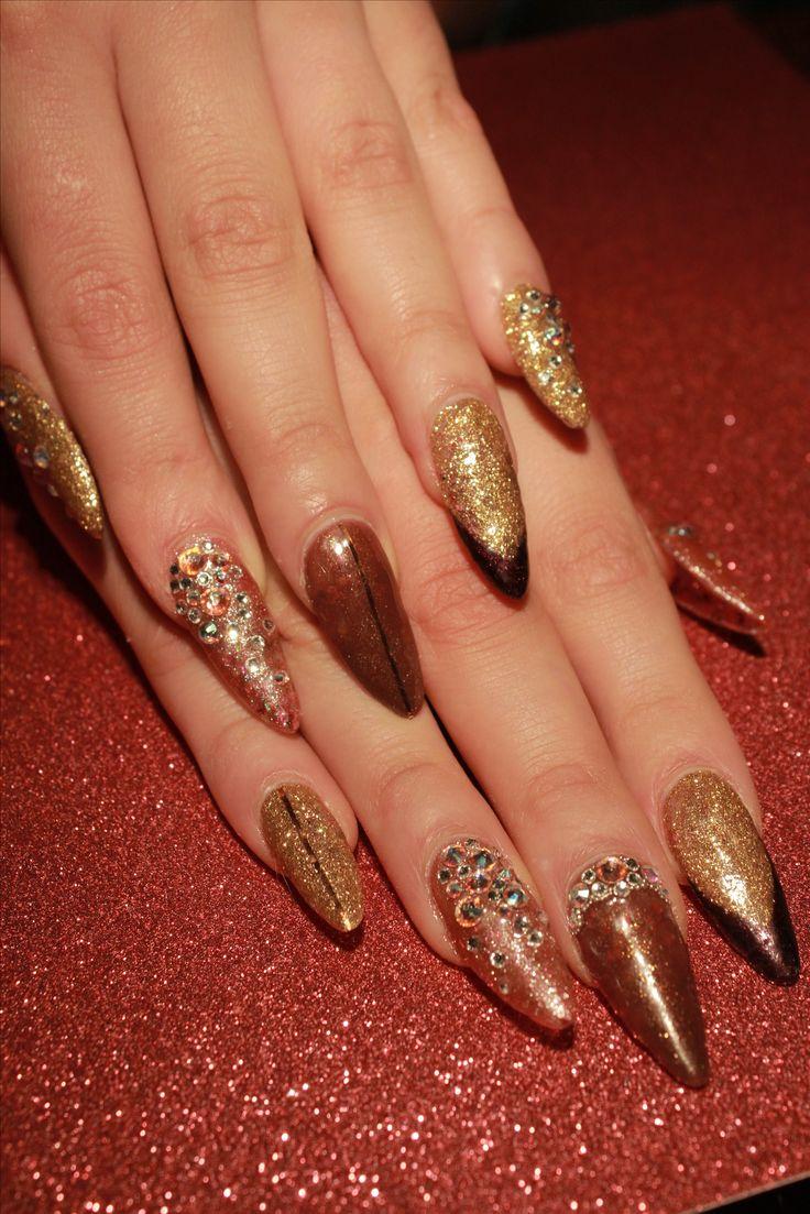 Instagram: Website: billiemy.com Blog: billiemy.wordpress.com stiletto nails glitter Swarovski french almond pointy long nail gold rose gel extentions
