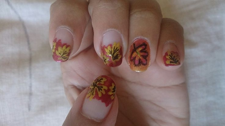 autumn themed nail-art