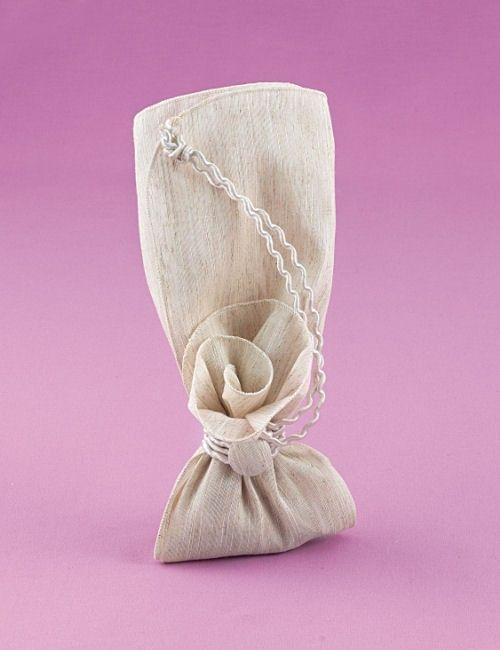 www.mpomponieres.gr Μπομπονιέρα Γάμου Μαντήλι από Ύφασμα Φλάμα