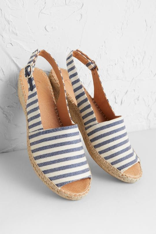 62ce3d116c0 Syllan Espadrille in 2019   Modest Clothing Outfits   Espadrilles ...