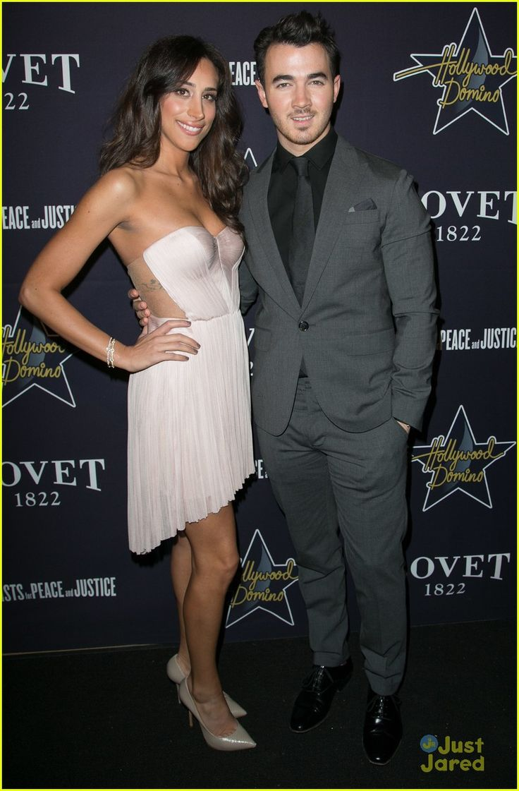 Kevin & Danielle Jonas at the 2015 Hollywood Domino