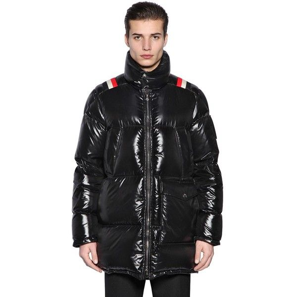 Moncler Men Mancora Down Jacket (26,770 MXN) ❤ liked on Polyvore featuring men's fashion, men's clothing, men's outerwear, men's jackets, black, mens down jacket, mens jackets, moncler mens jacket and mens down filled jackets