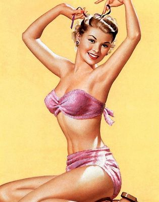 Top 50 Hottest Vintage Pin-Ups