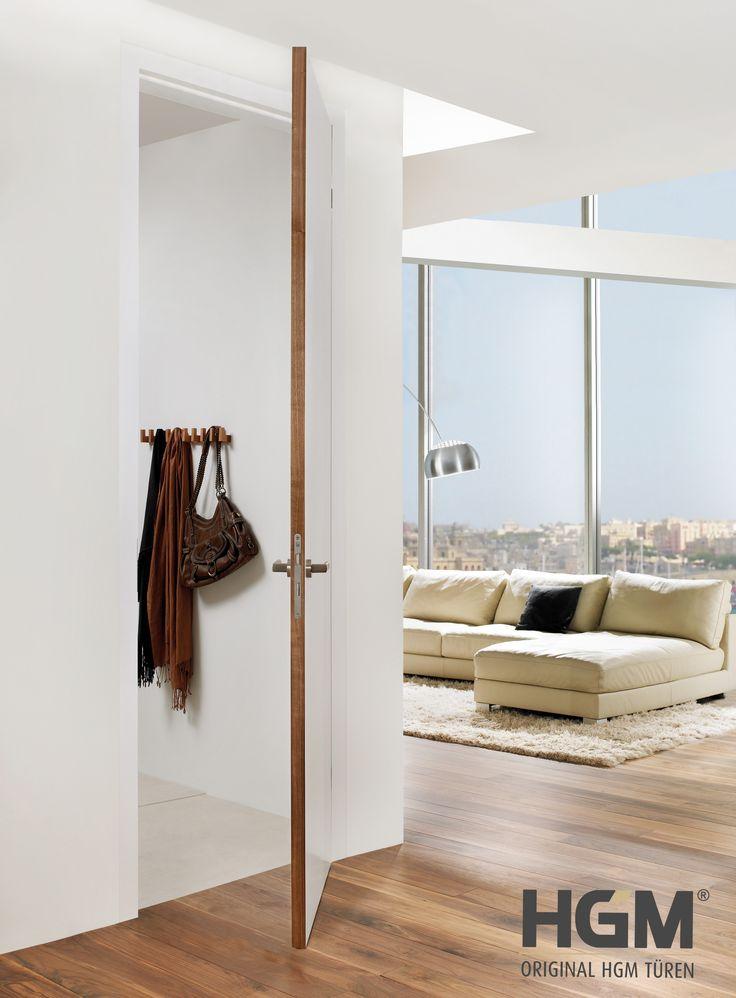 Das Spannende dieser weißen Türe ist die Kante aus Holz.  https://www.holz-greiter.de/weisse-tueren/