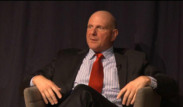 Ballmer: Deberíamos haber puesto hardware y software juntos antes en móviles