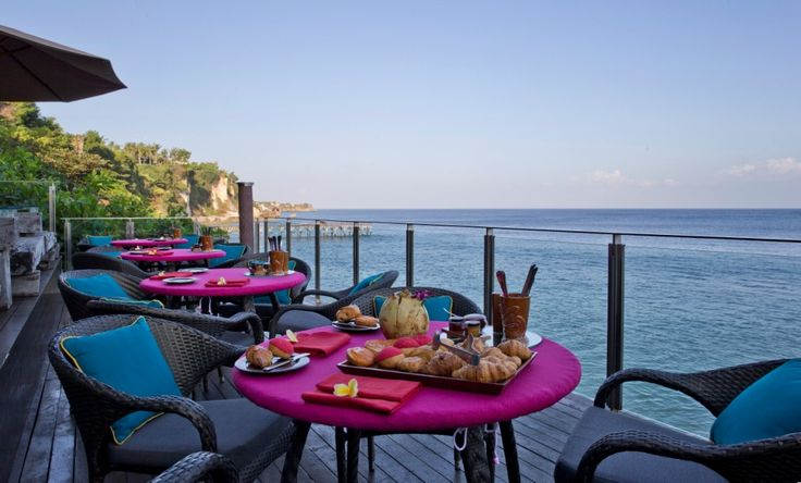 Enjoy breakfast by the sea at Rock Bar, the most epic ocean view breakfast venue