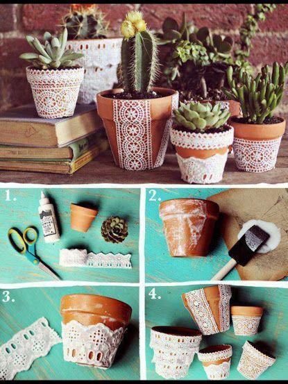 ARTE COM QUIANE - Paps,Moldes,E.V.A,Feltro,Costuras,Fofuchas 3D: Decorando os vasinhos com renda
