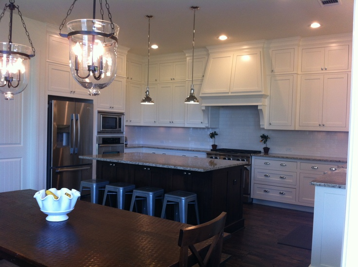 Like the range hood bungalow renovation ideas for Shaker style kitchen hoods
