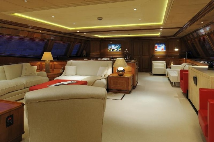 Salon of the S/Y Drumbeat. This beautiful sailing yacht the S/Y Drumbeat is for charter through YACHTZOO   #Superyachts for #charter and superyachts for #sale - www.yacht-zoo.com