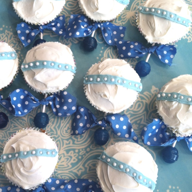 Baby rattle cupcakes! | things i love | Pinterest