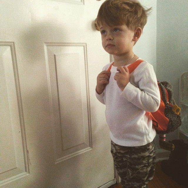 Francisco Lachowski //  Milo this morning ready to school!! Milo preparado para escolinha!
