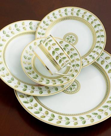 Fine china pattern: Bernardaud Constance