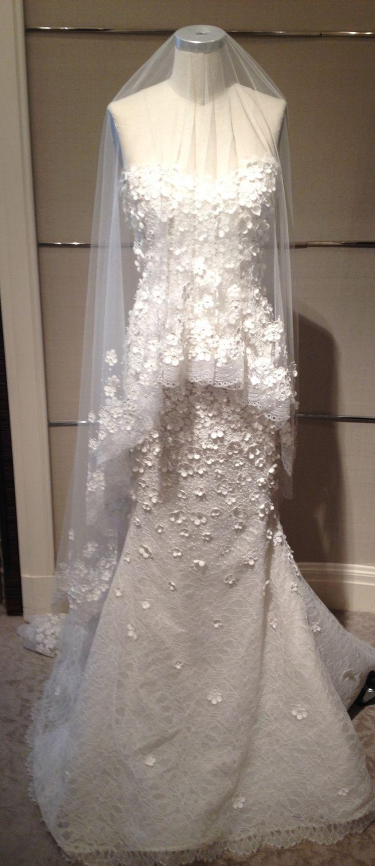 Oscar De La Renta Spring 2013 Bridal gown