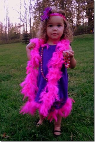Make a Child's Flapper Halloween Costume from dollar store crafts for $5.00