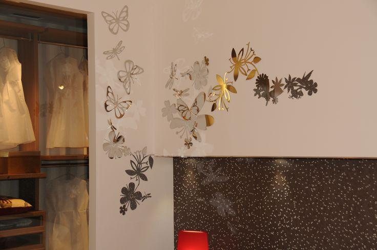 Serie di decori in acciaio cromato raffigurante soggetti diversi ( per decorare una parete ).  Set of decorative chrome steel depicting different subjects (to decorate a wall).