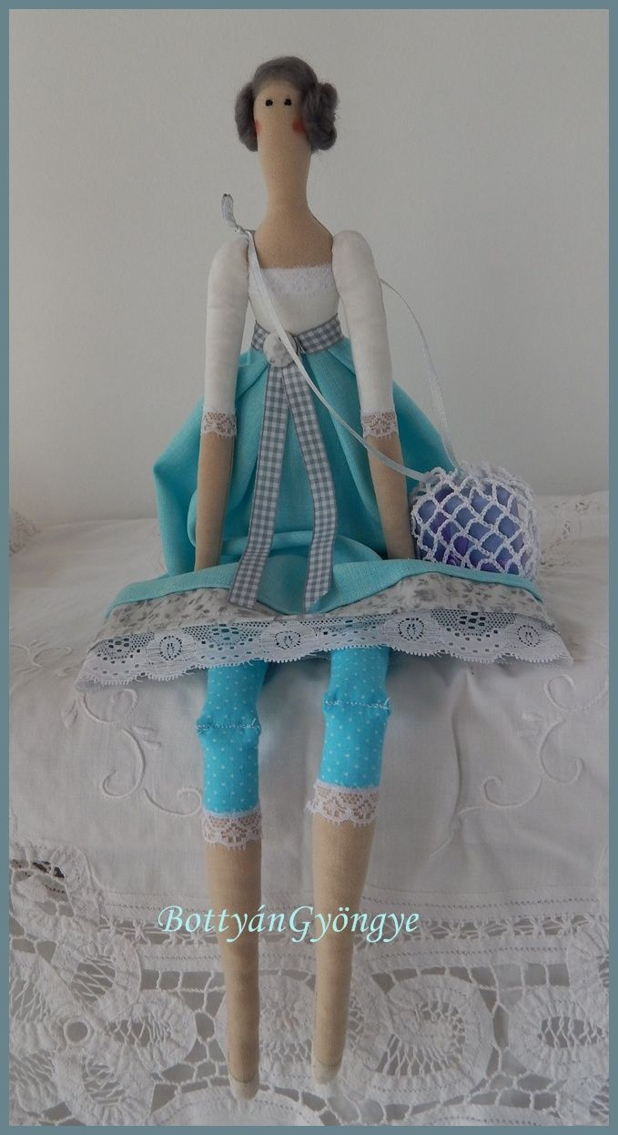 Tilda jellegű baba - Karola - Tilda doll Karola