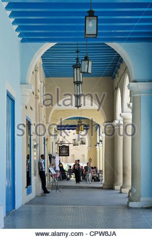 Cuba Old Havana La Habana Plaza Vieja Bodega La Caridad Conseja ...
