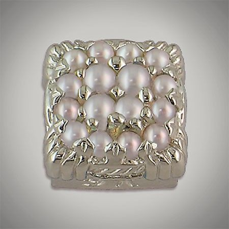 8/8 mm Faceted Cushion Cluster Pearl
