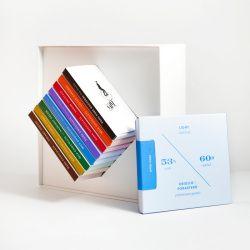 カーサブォーナ「ハンドメイドチョコレート辞典」3,672円 http://www.casabuona.jp/SHOP/CL-CN9.html
