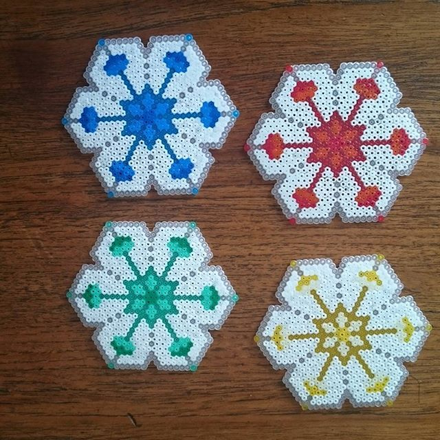 Lotus coaster set hama beads by herry_bits