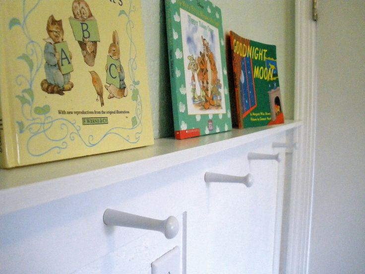Pregnant... with power tools: Wainscoted Nursery: Shaker Pegs