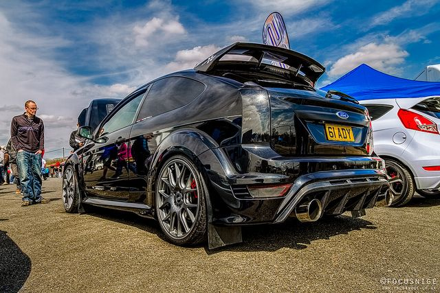 Focus RS Direct demo car - Ford Focus RS500 - unwrapped and modified