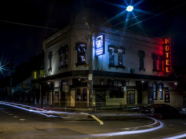 The Courthouse Hotel Newtown- 23.15 Saturday Night