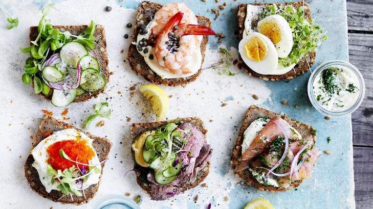 Scandi-style snacking: DIY smorrebrod.