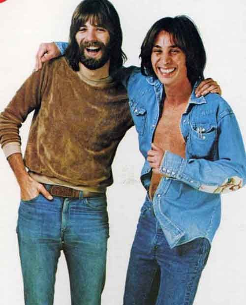 Jim Messina, songwriter/singer/producer/recording engineer turns 67 today - he was born 12-5 in 1947. He was a member of Buffalo Springfield, co-founder of Poco and part of the 70s duo Loggins and Messina. Jimmy lives today on a beautiful ranch not too far from where Michael Jackson's Neverland was. Happy b'day Jimmy!
