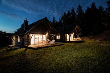 BUKOLIK - domki w Karkonoszach (2 domki dla 6-8 osób)