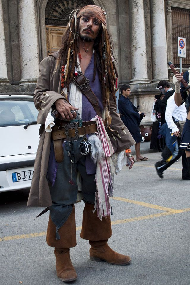 "Jack Sparrow cosplay! ""There should be a 'Captain' in there somewhere..."""