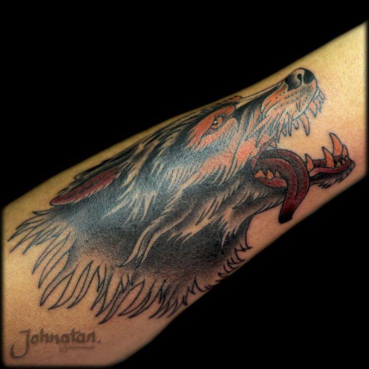 Tattoo tradicional #wolftattoo #tattoo   Contacto What's App 3212358612